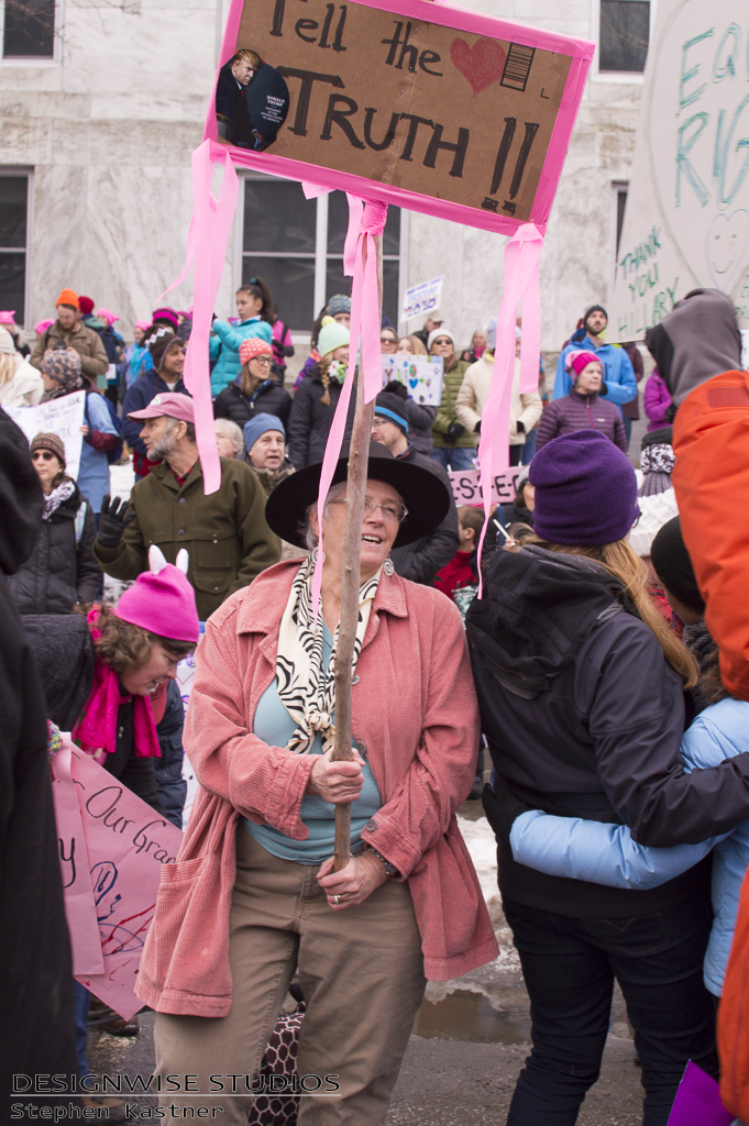 womens-march-on-montpelier-2017-01-21-13